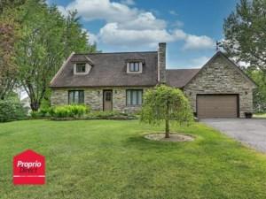 28526757 - Maison à étages à vendre