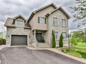 22046632 - Maison à étages à vendre