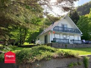28019830 - Maison à étages à vendre