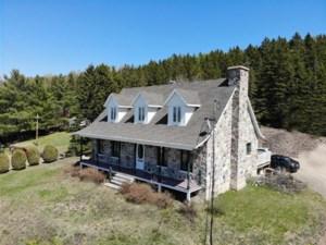 24813182 - Maison à 1 étage et demi à vendre