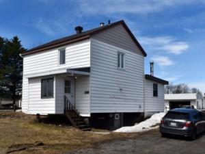 17243482 - Maison à étages à vendre