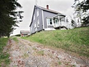 26344618 - Maison à étages à vendre