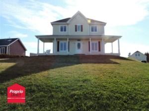26010764 - Maison à étages à vendre