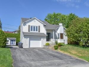 16862680 - Maison à étages à vendre
