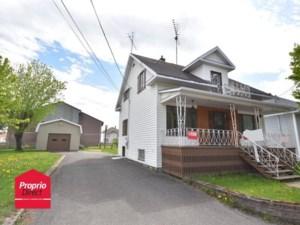26578473 - Maison à étages à vendre