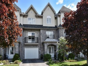 24281220 - Maison à étages à vendre