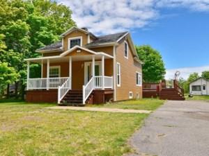 13676569 - Maison à 1 étage et demi à vendre