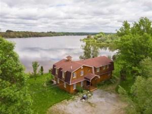 15986147 - Maison à étages à vendre