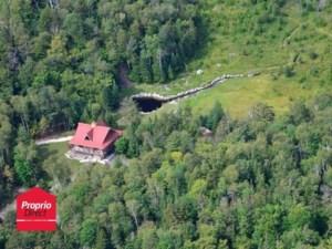 16101131 - Maison à étages à vendre