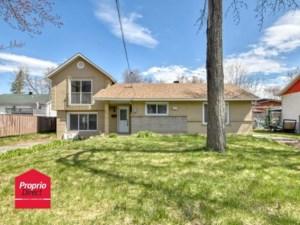 9447282 - Maison à 1 étage et demi à vendre