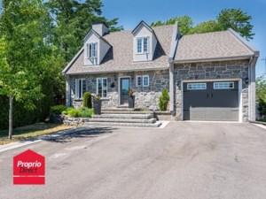 18737177 - Maison à étages à vendre