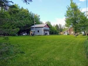 24567597 - Maison à 1 étage et demi à vendre