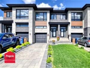 20715963 - Maison à étages à vendre