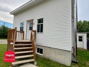 10270433 - Maison à 1 étage et demi à vendre