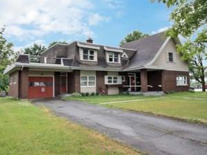 17339205 - Maison à étages à vendre
