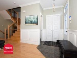 14000717 - Maison à étages à vendre