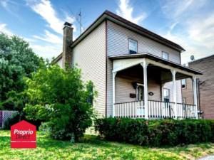 15410351 - Maison à étages à vendre