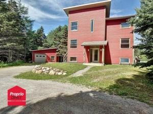 14693208 - Maison à étages à vendre