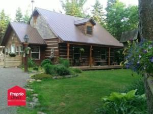 21960671 - Maison à étages à vendre