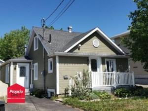 23627502 - Maison à étages à vendre