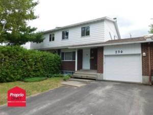 20194202 - Cottage-jumelé à vendre