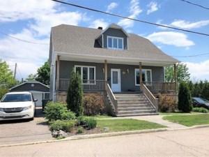 12708695 - Maison à étages à vendre