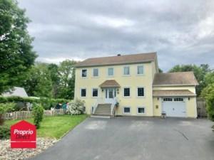 20818325 - Maison à étages à vendre