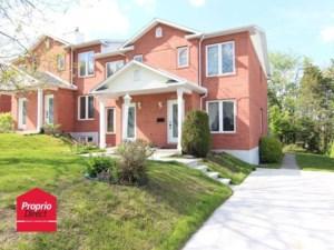 26354343 - Maison à étages à vendre