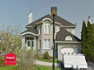 27095862 - Maison à étages à vendre