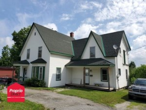 21163699 - Maison à étages à vendre