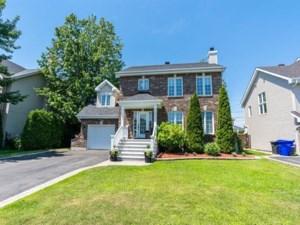 28450335 - Maison à étages à vendre