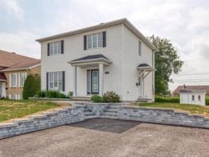 10382825 - Maison à étages à vendre
