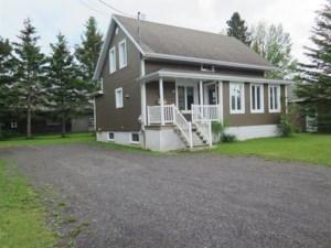 16328486 - Maison à 1 étage et demi à vendre