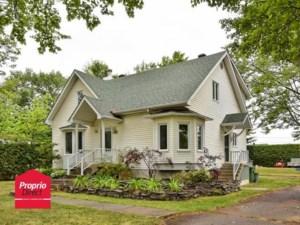 9898262 - Maison à étages à vendre