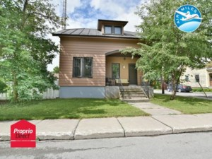 27764708 - Maison à étages à vendre
