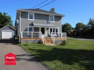 17988459 - Maison à étages à vendre