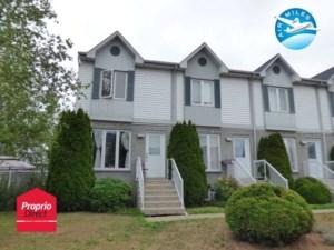 21765574 - Maison à étages à vendre