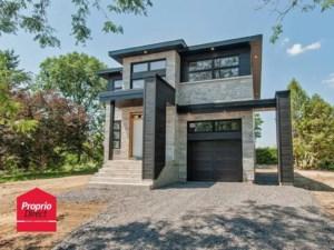 26882163 - Maison à étages à vendre