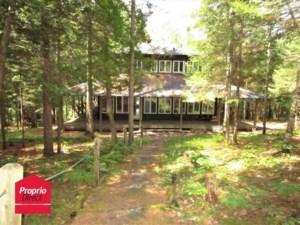 28977505 - Maison à étages à vendre