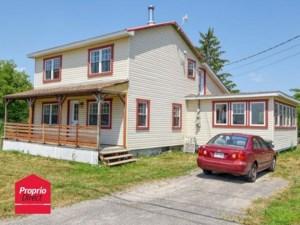 12582661 - Maison à étages à vendre