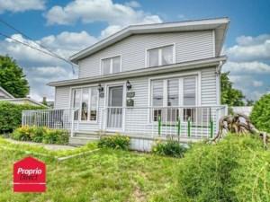 15596850 - Maison à étages à vendre