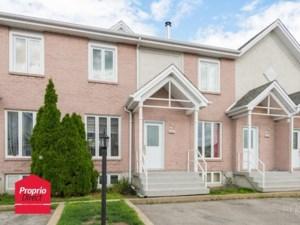 16711781 - Maison à étages à vendre