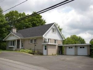 11015712 - Maison à étages à vendre