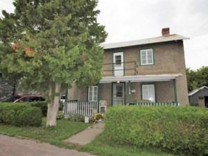 26990351 - Maison à étages à vendre