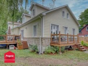 16491785 - Maison à étages à vendre