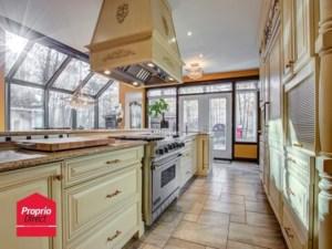 25583499 - Maison à étages à vendre