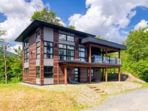 20789869 - Maison à étages à vendre