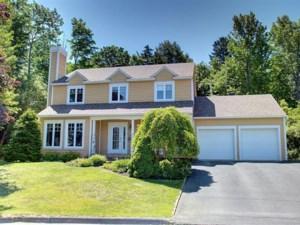 23860954 - Maison à étages à vendre