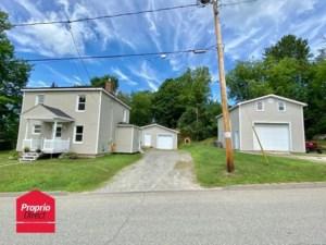 10754041 - Maison à étages à vendre