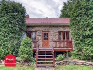 14289649 - Maison à étages à vendre